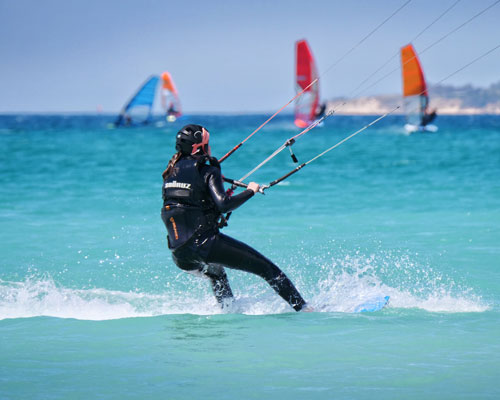 Intermediate and advance kitesurfing lessons in Tarifa.