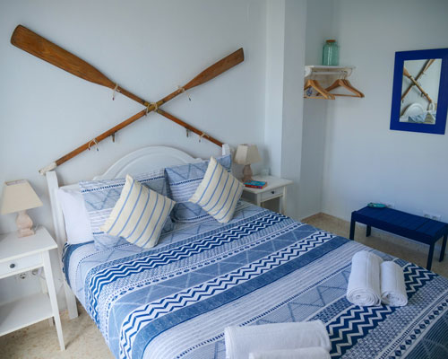 Stay in our accommodation option and take advantage of our offer in a shared kite house.