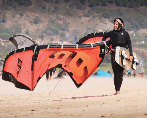 The eleveight Ps model will be the best to get started and learn kitesurfing in Tarifa.