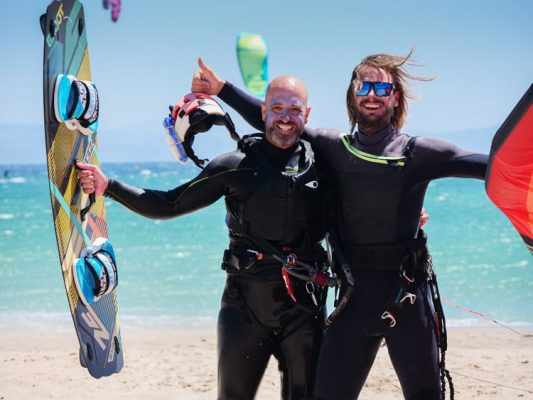 All our kitesurfing instructors speak english, french and spanish, learn with the best team in Tarifa.