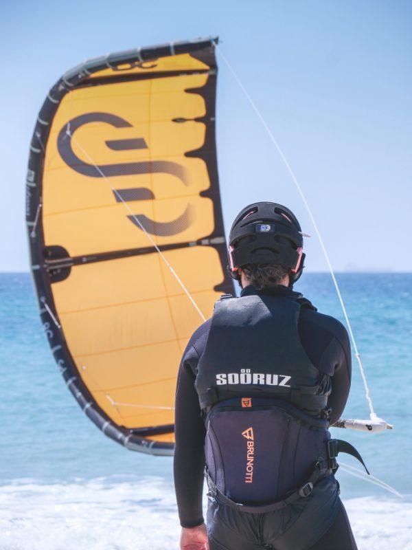 Apprentissage du kitesurf à Tarifa est elle une activité extrème.